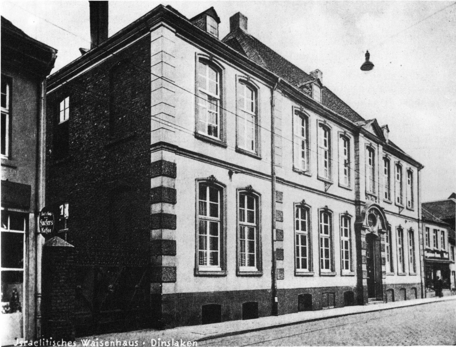 http://www.altstadt-dinslaken.de/Geschichte/Bilder/1930Waisenhaus.jpg